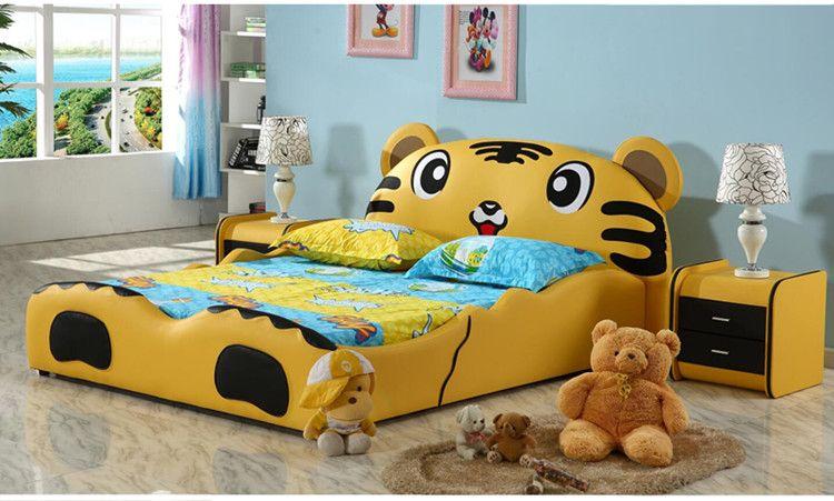 Mẫu giường ngủ trẻ em hình chú hổ siêu dễ thương GTE031 màu vàng