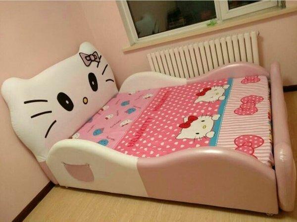 Ảnh khách hàng mẫu giường Hello kitty cho bé GTE011 4