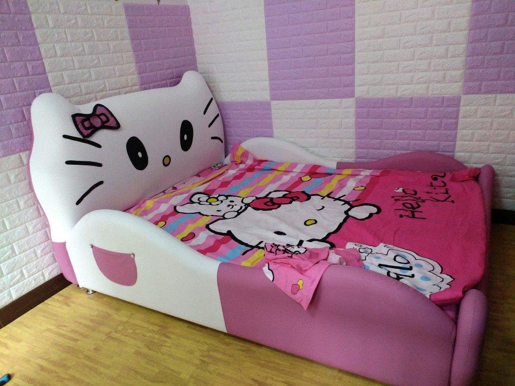 Ảnh khách hàng mẫu giường Hello kitty cho bé GTE011 6