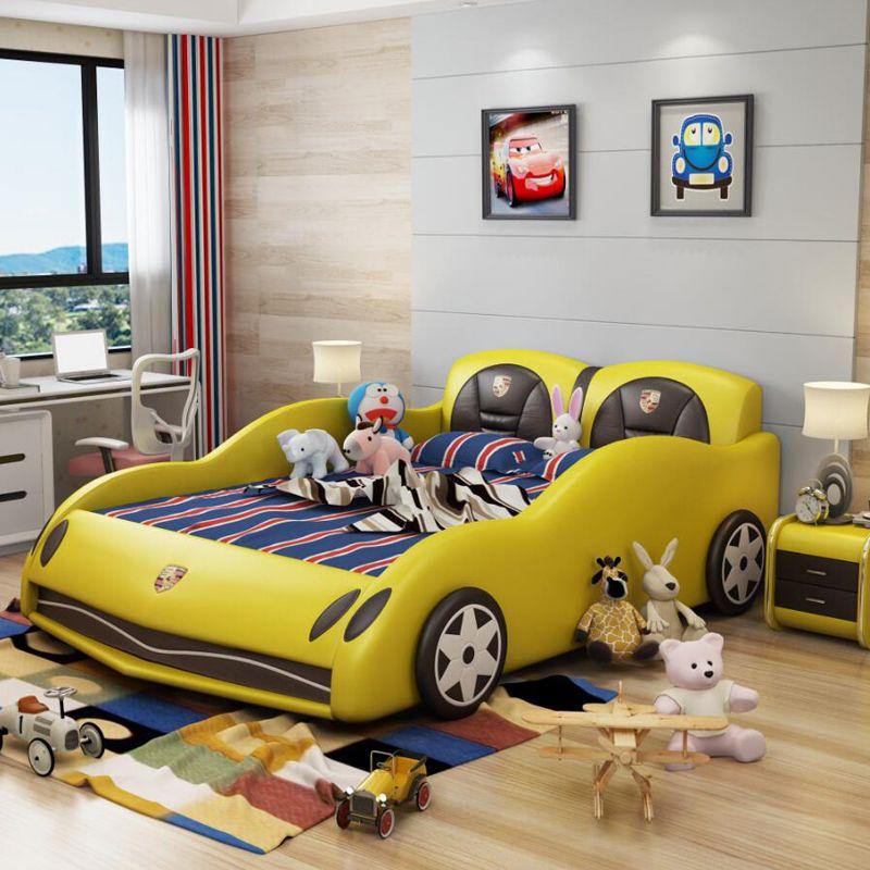 Giường ô tô thể thao đẹp cho bé trai GTE042 màu vàng