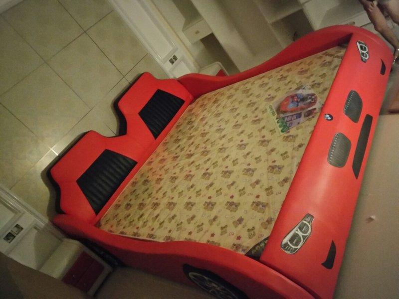 Giường ô tô cho bé trai đẹp nhập khẩu GTE079 màu đỏ 7