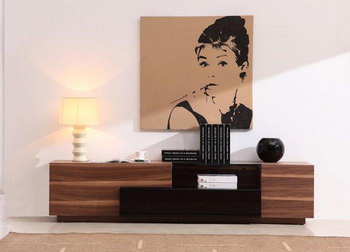 Kệ tivi gỗ sồi tự nhiên phòng khách