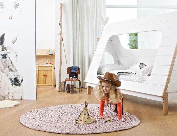 Mẫu giường kiểu dáng chiếc lều cho bé yêu thích sự phiêu lưu