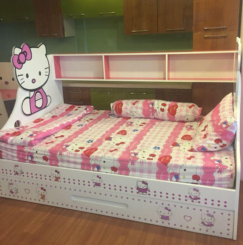 Giường thấp có giá sách in hình mèo Hello Kitty GTE113 2