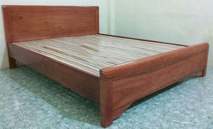 Giường gỗ xoan đào giá rẻ 3