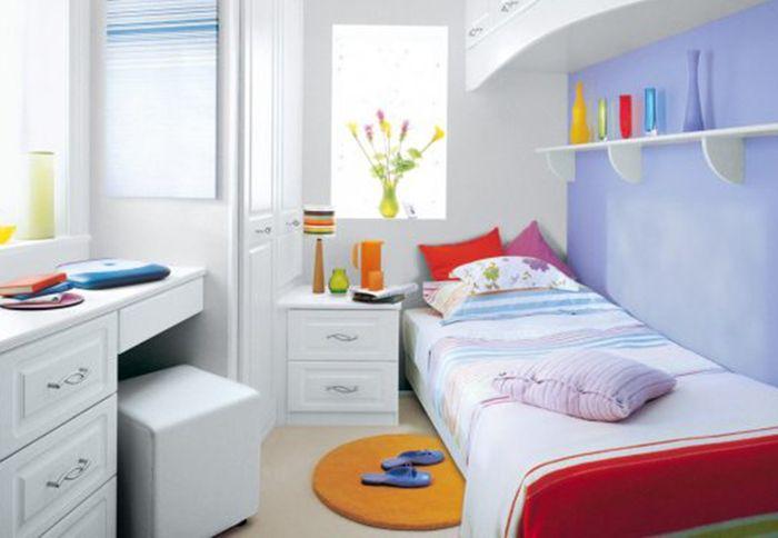 Mẫu giường đơn giản và nhỏ nhắn cho phòng ngủ nhỏ