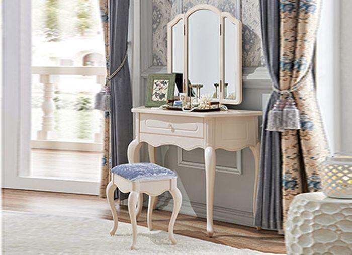Mẫu bàn trang điểm màu trắng phong cách Châu Âu