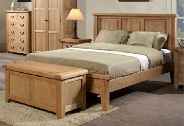 Giường ngủ đẹp làm bằng gỗ sồi